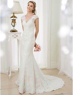 Sereia Decote V Cauda Corte Renda Vestido de casamento com Apliques de LAN TING BRIDE®