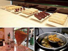 Comaxurros, porque en el mundo de los churros también se puede innovar Churreria Ideas, Comida Delivery, Barcelona, Butcher Block Cutting Board, Street Food, Fudge, Fries, Sweets, Chocolate