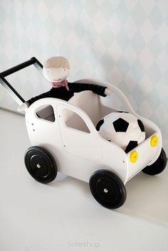 Wózek AUTKO - PCHACZ / BIAŁY - Bim-Bam.Eu - Zabawki drewniane - Wózki drewniane - Domki drewniane