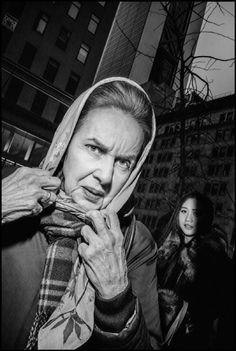 Carte blanche à Bruce Gilden dans le métro - Chantal Nedjib Conseil, l'image par l'image