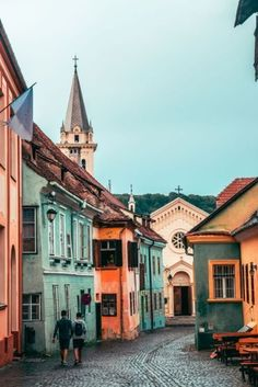7 Dreamy Things to Do in Sighisoara, Romania - Explorista Europe Travel Guide, Travel Destinations, Travel Guides, Budget Travel, Beautiful Places To Travel, Cool Places To Visit, Travel Around The World, Around The Worlds, Romania Travel