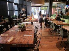 True Food Kitchen: Interior by Guzzle & Nosh, via Flickr