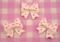These cute white and pink spotty bow Flat Back Cabochon resin Flat Back cabochons. These kawaii style cabochons are perfect for all kinds of crafts, from decoden to jewellery jewelry making, scrapbooking and cardmaking etc.