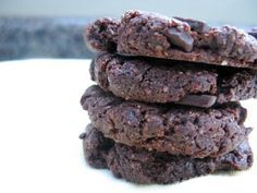 Paleo Double Chocolate Cookies! Fill the sweet craving. I omitted the sugar and with the dark chocolate chips are still sweet enough. Even better the following day - almost fudgy