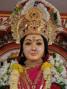 Peaceful Durga Maa Durga Photo, Durga Maa, Bengali Saree, Mata Rani, Lakshmi Images, Kali Goddess, Indian Gods, Gods And Goddesses, Hinduism