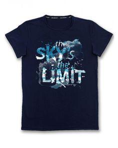 Тъмно синя мъжка тениска с щампа - Sky is the limit  #тениска #тениски #мъжкатениска #дънки #фешън #лято #лято2015 #колекция2015 #тенискиспринт