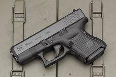 Glock 26 Gen 4 [3000x2000][OC]