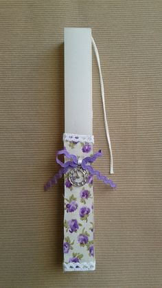 Handmade Easter Candle Easter Candle, Easter Projects, Floral Tie, Decoupage, Crafting, Candles, Handmade, Light Bulb Vase, Hand Made