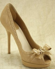 Christian Dior BOW2 Cannage Nude Leather Quilted Peep Toe Pumps 850.