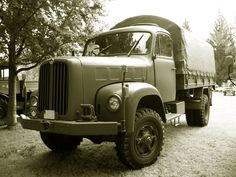 1964 saurer 2 dm 4*4 Old Trucks, Pickup Trucks, Army History, Dm, Maybach, Swiss Army, Military Vehicles, Antique Cars, Transportation