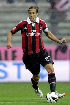 e52025303b2 Massimo Ambrosini Photos Photos  Parma FC v AC Milan - Serie A