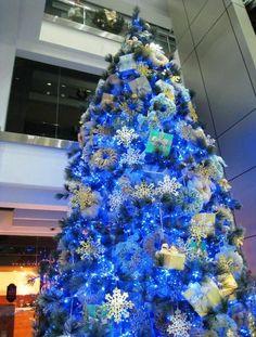 Blue christmas tree decorations - Christmas Tree : Tree of Life #