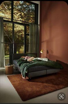 decor paintings decor black decide on bedroom decor Bedroom Inspo, Bedroom Colors, Home Bedroom, Bedroom Decor, Quirky Bedroom, Bedroom Romantic, 60s Bedroom, Bedroom Ideas, Interior Design Living Room