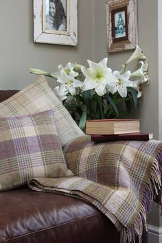 Check My Other Living Room Ideas - Modern New Living Room, Living Room Modern, Living Room Furniture, Living Room Decor, Cosy Living Room Warm, Tartan Decor, Best Leather Sofa, Couch Set, Country Decor