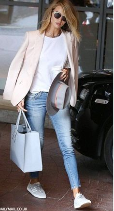 Find More at => http://feedproxy.google.com/~r/amazingoutfits/~3/Wm5LRp_nPDw/AmazingOutfits.page