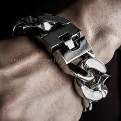 Hugh Mens Stainless Steel Bracelet. 30mm Wide & Super Thick @ Heavy Stainless Steel Bracelet - Curb Links