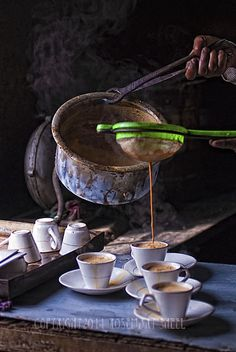 Tea at a simple Indian tea house. Coffee Time, Tea Time, Chocolate Cafe, Masala Chai, Tea Culture, Tea Art, My Cup Of Tea, Tea Ceremony, High Tea
