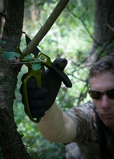 Get the best pruning shears and don't let limbs or brush in the way of a bullet or arrow ruin your best deer hunt ever.