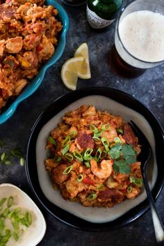 Mardi Gras isn't complete without some Creole food, so throw this Slow Cooker Jambalaya on while you hit up a parade or bake some beignets! Quick Dinner Recipes, Side Dish Recipes, Quick Meals, Slow Cooker Jambalaya, Jambalaya Recipe, Creole Recipes, Cajun Recipes, Gumbo Recipes, Best Slow Cooker