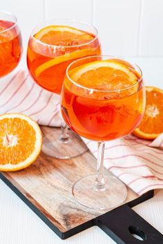 Cocktails Vodka, Easy Cocktails, Alcoholic Drinks, Drinks Alcohol, Halloween Drinks Kids, Halloween Cocktails, Cocktail Recipes For A Crowd, Food For A Crowd, Grill Dessert