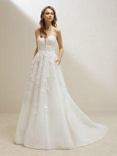 9d45fab2823 wedding dress princess with a sensual sweetheart neckline