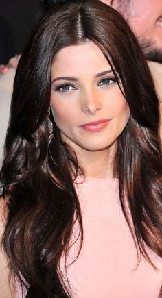 ashley greene love the color of her hair! Ashley Greene Hair, Hair Day, My Hair, Girl Celebrities, Celebs, Brunette Hair, About Hair, Celebrity Hairstyles, Woman Face