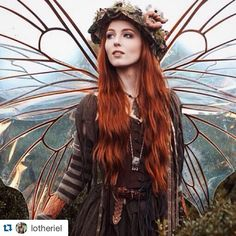 Repost from @lotheriel #medievafashion #medieval  #fantasy #costume  #cosplay #fairy #love #picoftheday #photooftheday #dream #fae #magic #redhead #amoracobreado