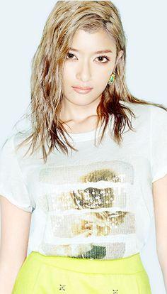 Rola Model, Amazing Women, Beautiful Women, Blonde Asian, Japan Model, Japanese Models, Japan Fashion, Uniqlo, Your Style