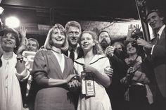 1992: Hillary, Bill and Chelsea at the Democratic Convention in New York | 13 Awesome Vintage Photos Of Hillary Clinton