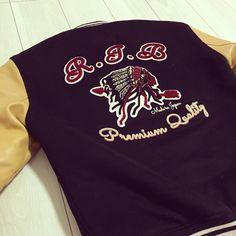 "145 Likes, 41 Comments - ちょびハム (@chobihamu) on Instagram: ""今日は、これ着てランチ行こっと〜〜✨ #フラットヘッド  #rjb  #theflathead  #oj303 #custom #varsity #jacket #スタジャン #スタジアムジャケット…"""