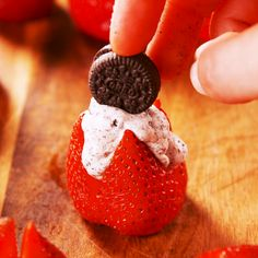 with cookies n' cream filling, these treats give chocolate covered strawberries a run for their money. Get the recipe at .Stuffed with cookies n' cream filling, these treats give chocolate covered strawberries a run for their money. Get the recipe at . Delicious Desserts, Dessert Recipes, Yummy Food, Breakfast Recipes, Tasty, Strawberry Recipes, Love Food, Food To Make, Delish