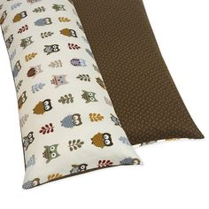 Treat your body pillow to a makeover with the Sweet JoJo Designs Night Owl cotton body pillow cover. This 54-inch long by 20-inch wide reversible cover gives you two looks; you get a cute owl print on one side and a brown micro-print on the other.