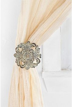 Curtain Holdback Round Single Curtain Hanging for Living Room Window Decor Starnk Handmade Set of 2 Wooden Curtain Tieback
