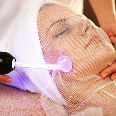 facial with high frequency