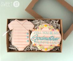 Custom Will you be my Godmother? Sugar Cookies Box Set by on Etsy Baby Cookies, Baby Shower Cookies, Sugar Cookies, Iced Cookies, Godparent Gifts, Godparent Ideas, Godmother Gifts, Godmother Ideas, Fairy Godmother