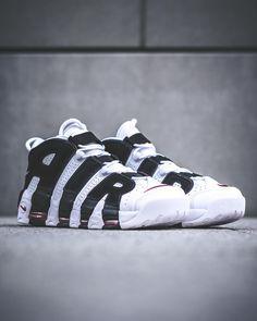 Nike Air More Uptempo: White/Black