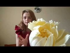 Giant Paper Flowers, Big Flowers, Paper Roses, Fabric Flowers, Crepe Paper Flowers Tutorial, Paper Flowers Craft, Flower Crafts, Flower Video, Floral Letters