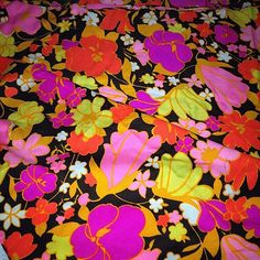 3 Yards of Vintage Soft Crepe Fabric Mod Psychedelic Flowers Peter Pan Fabrics