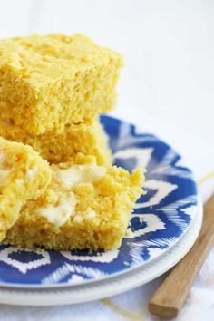 Light, fluffy, and perfect for with soup or chili, this #vegan cornbread is the best!
