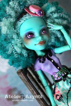 OOAK Custom Monster High Repaint - Bayou Belle Honey Swamp by Azyntil on Etsy, Sold
