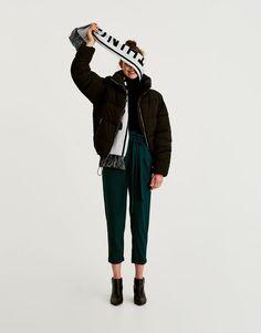 Pull&Bear - dla niej - odzież - spodnie - spodnie paperbag z paskiem do zawiązania - butelkowy - 05680306-V2018