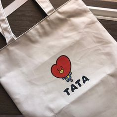 Diy Embroidery Shirt, Hand Embroidery Art, Embroidery On Clothes, Embroidery Flowers Pattern, Mochila Kanken, Kpop Store, Drawing Bag, Aesthetic T Shirts, Diy Tote Bag