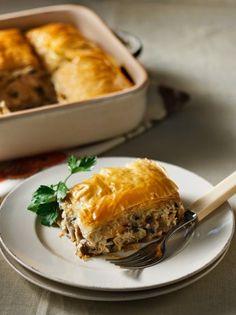 Φούρνου Archives - Page 3 of 73 - www. Pita Recipes, Greek Recipes, Greek Pita, Savory Tart, Savoury Pies, Spanakopita, Lasagna, Side Dishes, Food And Drink