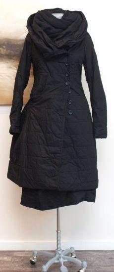 rundholz black label - Mantel wattiert black - Winter 2014 - stilecht - mode für frauen mit format...