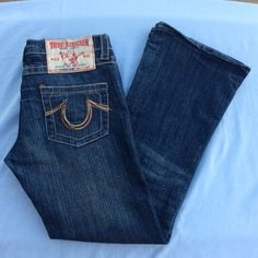 "True Religion   True Religion, rainbow bobby, like new! approx measurements laid flat : waist - 16.5"", inseam - 30"", rise - 7"".  True Religion Jeans"