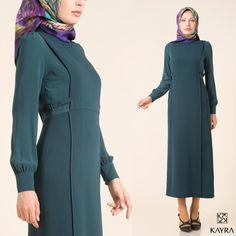 Find beauty in the simplest forms...   Sade, rafine, zarif...   Bayram öncesi sana ulaşması için siparişini hemen ver > http://www.kayra.com.tr/p/9891/kayra-elbise-zumrut-yesili-a6-23010