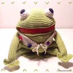 Kaj, free in Danish Crochet Frog, Crochet For Kids, Knit Crochet, Amigurumi Free, Knitted Animals, Kids And Parenting, Crochet Patterns, Teddy Bear, Diy Crafts