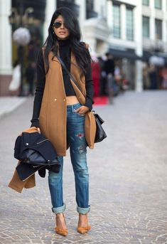 Fashion: trends, outfit ideas, what to wear, fashion news and runway looks Look Fashion, Girl Fashion, Womens Fashion, Fashion Trends, Street Fashion, Fashion Heels, Mode Chic, Mode Style, Fall Winter Outfits