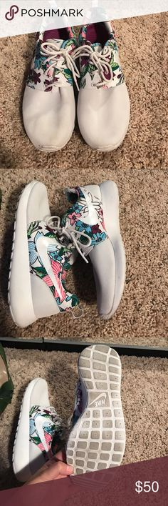 Nike Floral Roshes Floral Nike roshes. Super lightweight. Gently worn. Nike Shoes Sneakers