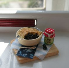 Miniature Blackberry and Blueberry Tart Set